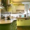 Фісташковий колір в оформленні кухні. Фото інтер`єрів