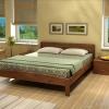 Ліжко з масиву сосни в спальню