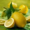 Лікування горла лимоном