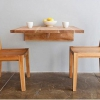Маленький столик для маленької кухні