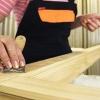 Фарбування і обробка дерев`яних вікон