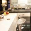 Різноманітність барних столів для кухні
