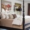 Висока ліжко в спальні